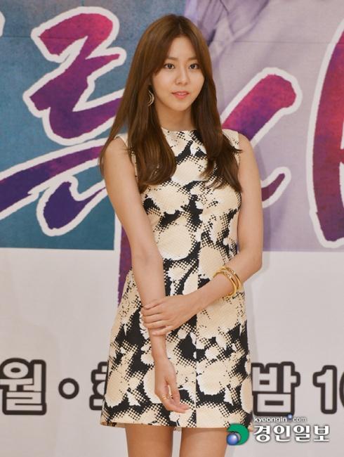 ▲ 배우 유이가 3일 오후 서울 양천구 목동 SBS사옥에서 열린 SBS 월화드라마