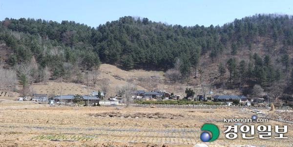 ▲ 가평군수를 배출한 가평읍 산유리의 시골집.