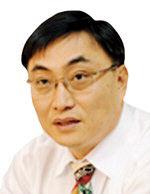 [데스크 칼럼] 장수 재상과 초단명 총리