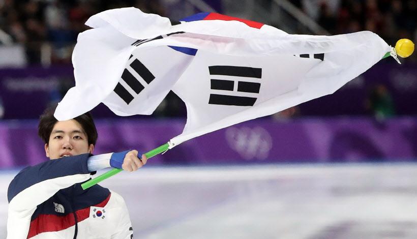 [포토] '깜짝 은메달' 차민규…0.01초 차