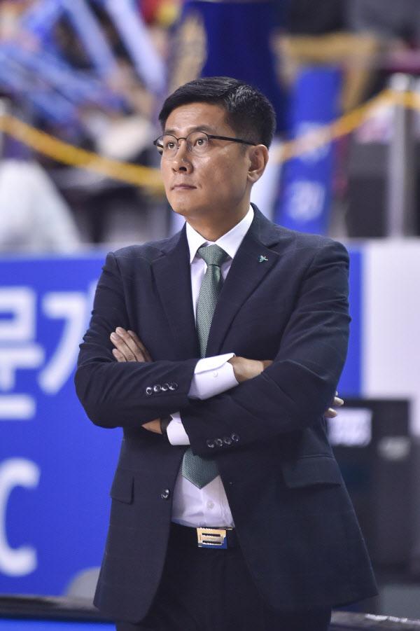 하나은행 이환우 감독