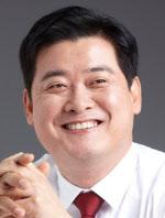 윤종군 동아방송예술대 교수·전 문재인대통령 청와대 행정관