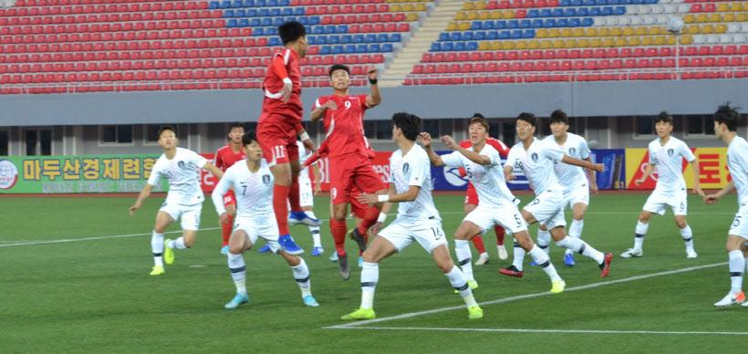 점프하는 북한 박광룡