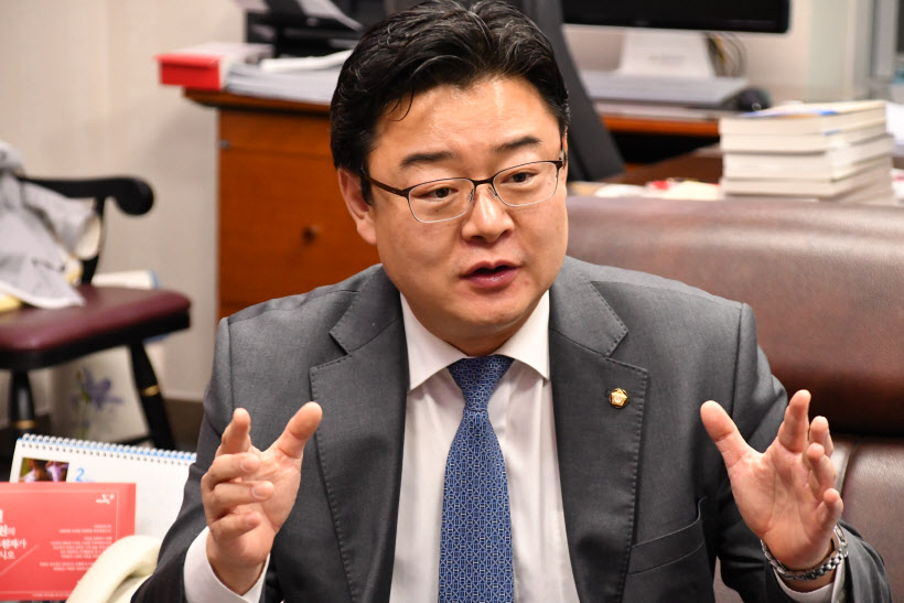 [김성원 국회의원] 인터뷰사진 (5)