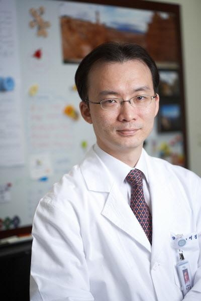 분당서울대병원 이정렬 교수팀 '단일절개 복강경' 자궁근종 절제술 우수성 재확인