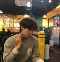 `시작은 키스` 김관수, 훈훈한 비주얼 일상샷… `남친짤의 정석`