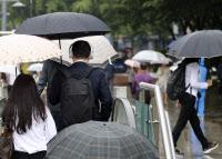 [전국날씨]오늘 낮부터 비 `천둥·번개·우박도`… 초미세먼지 `좋음`~`보통`