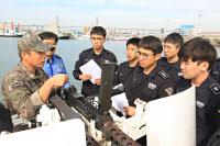 평택해경, 해군2함대 협조로 함포 운용 교육 실시