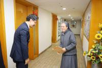 구진열 인천지방국세청장, 설 앞두고 보육원과 전통시장 방문